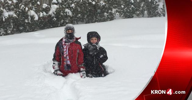 snow-kids_110909