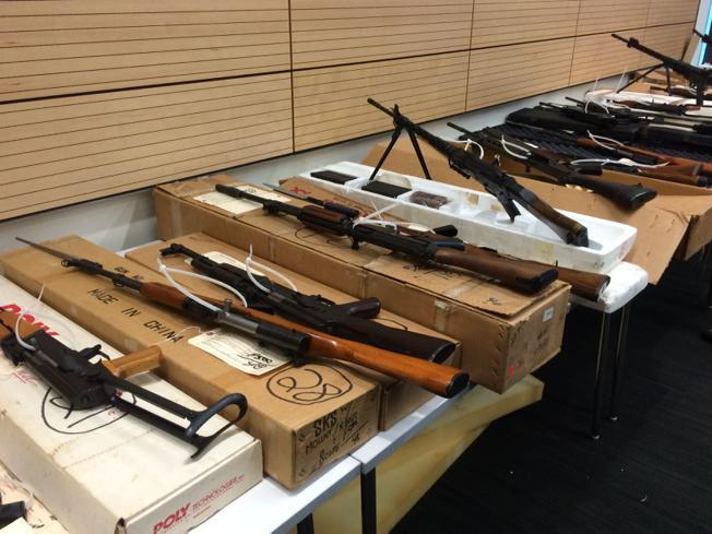 061015 SFPD gun bust_177227