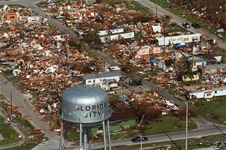 Hurricane Andrew Aug25-1992_Florida City-FL_170993