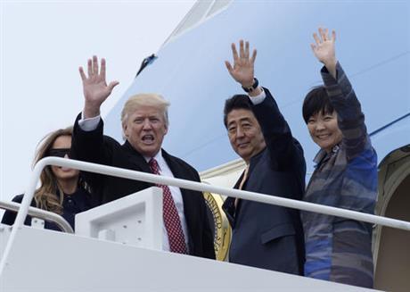 trump japan's prime minister_497656