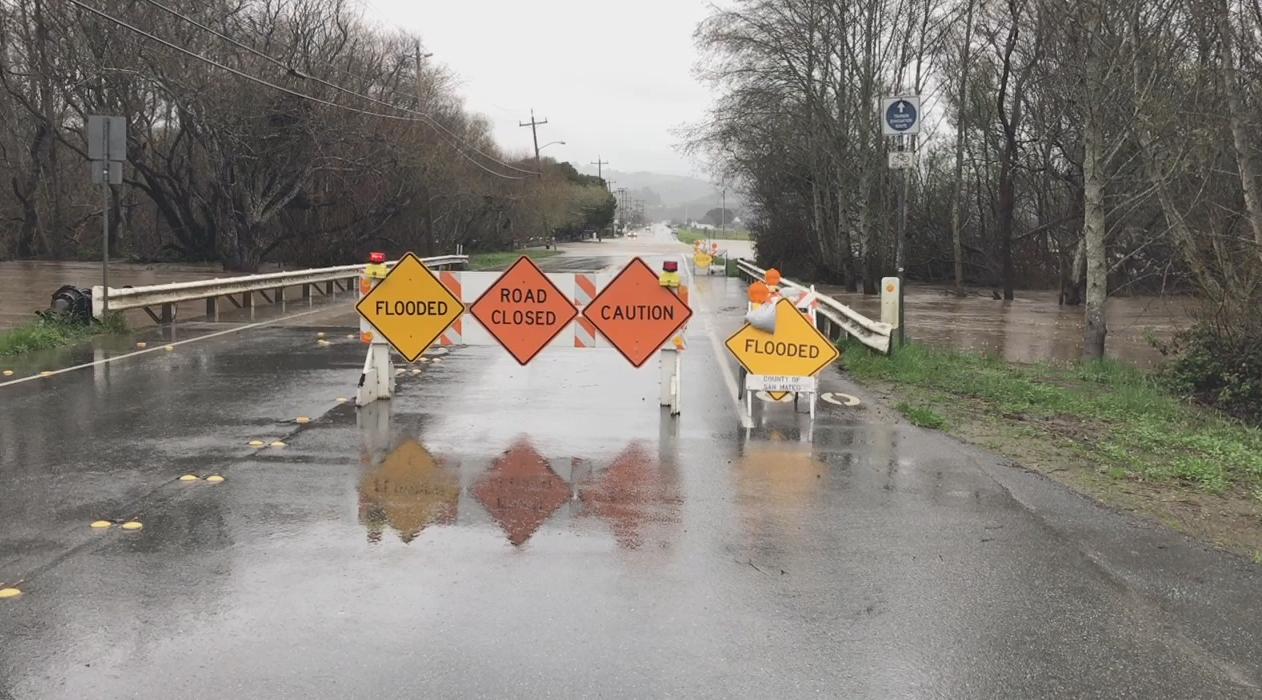 road closed flood generic_496943
