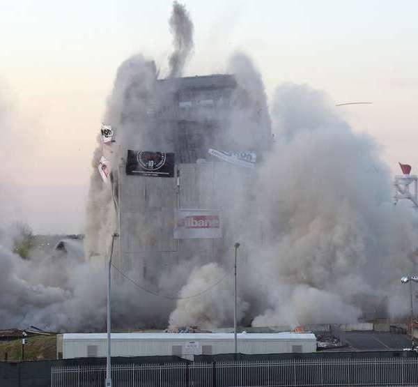 demolition_512380