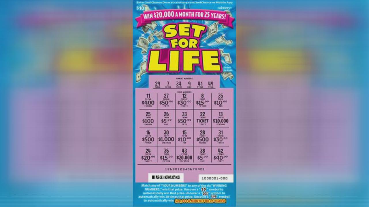 Woman buys winning $6 million lottery ticket at Oakland Safeway
