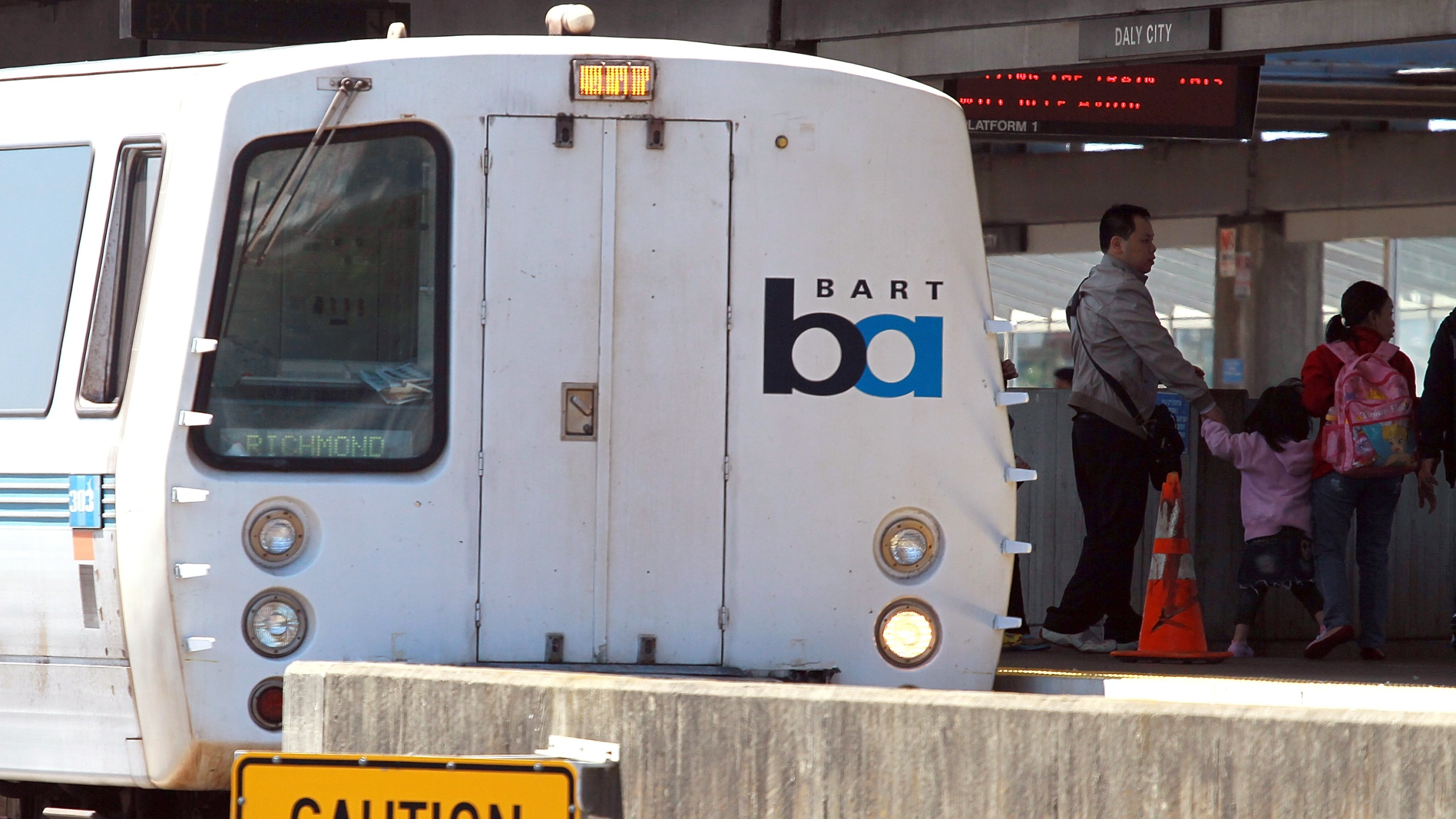 Hacker Group Disrupts Bay Area Mass Transit System_728512