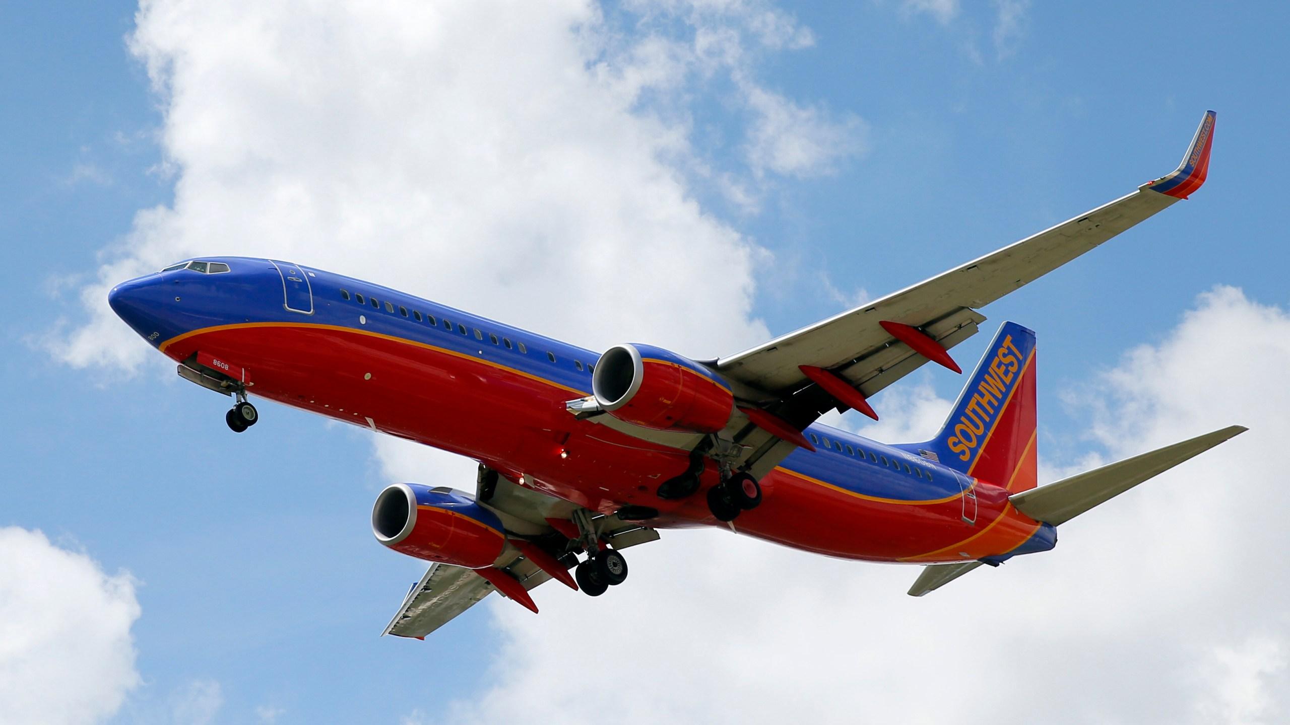 Earns_Southwest_Airlines_39901-159532.jpg15953955