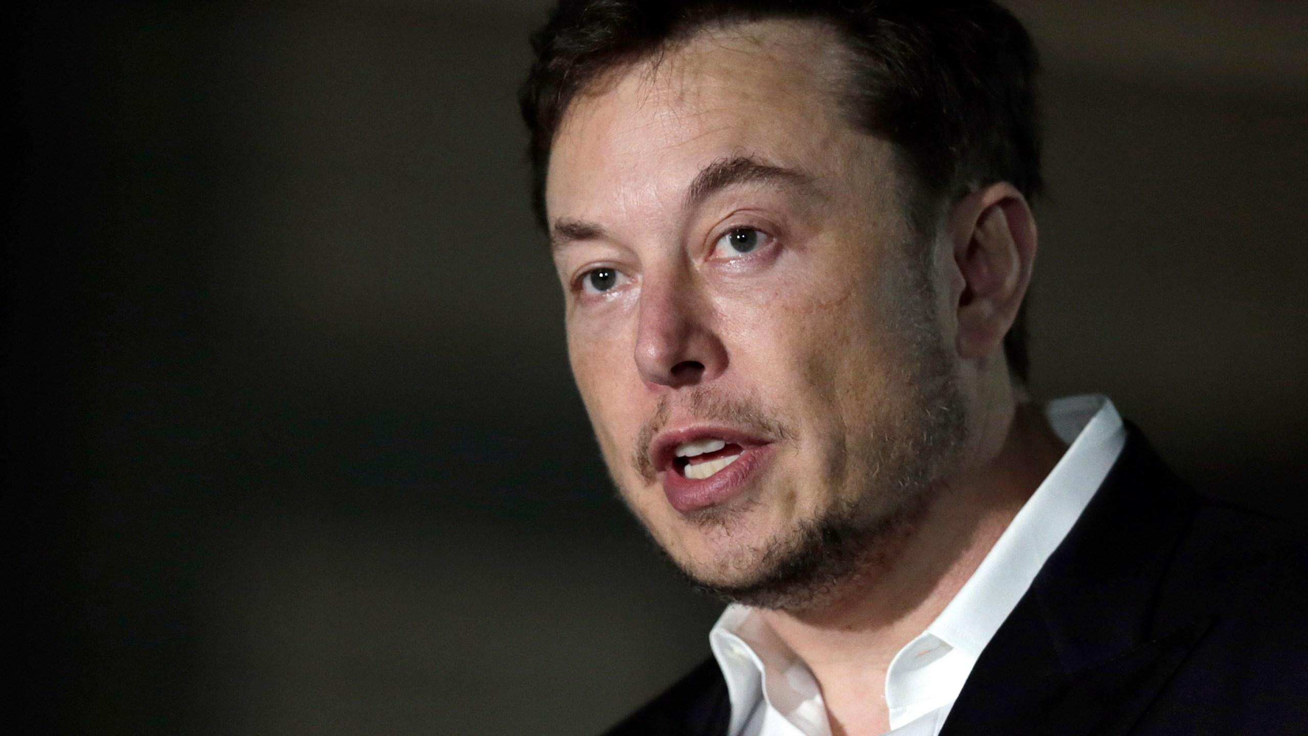 Tesla_75246-159532.jpg31382564