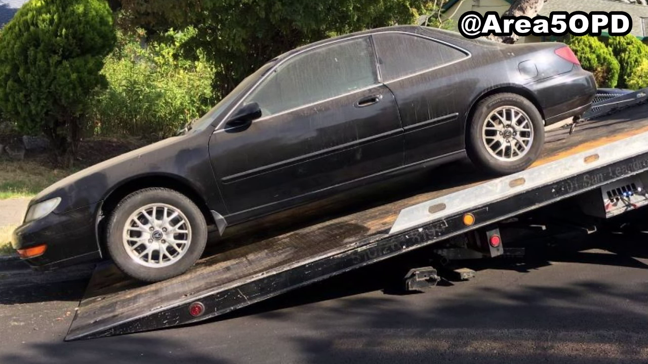 Hundreds of cars towed in Oakland abandoned vehicle sweep