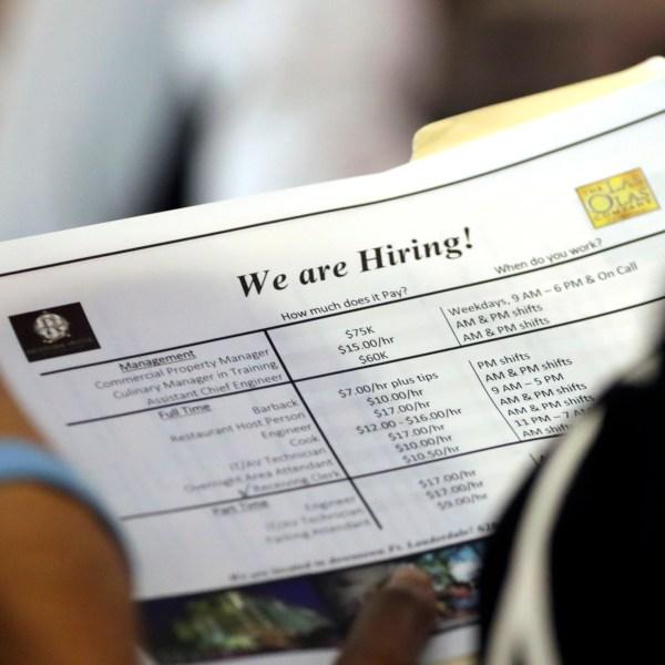 Economy_Jobs_Report_97057-159532.jpg85410424