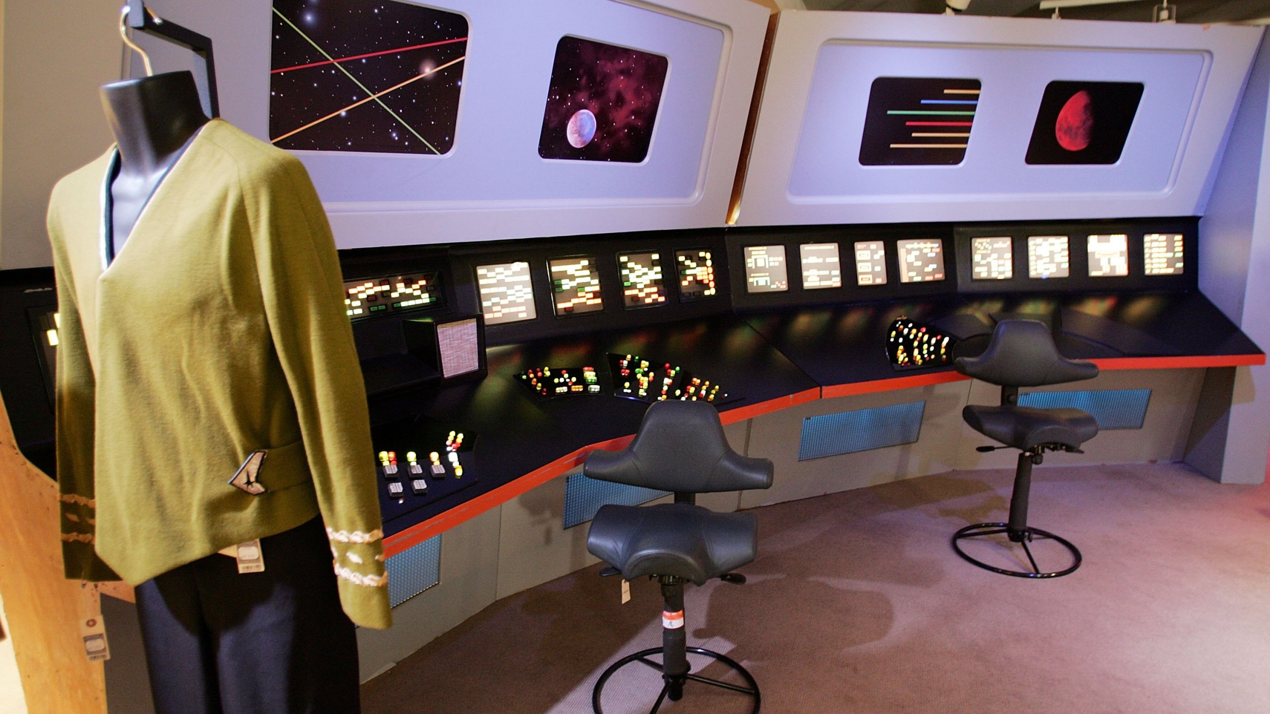 Star_Trek_Col_1543422711616