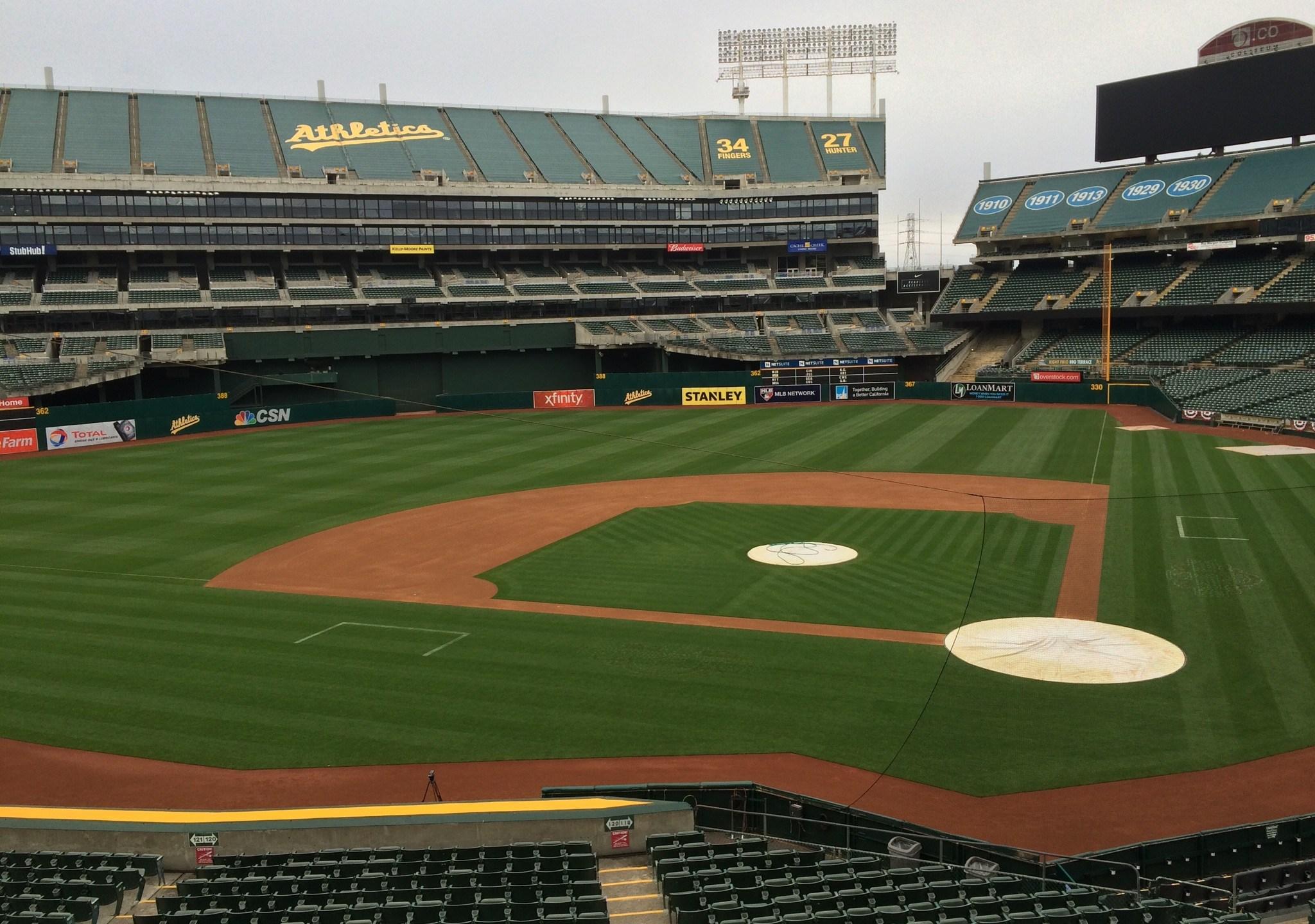 Oakland A's coliseum_337555
