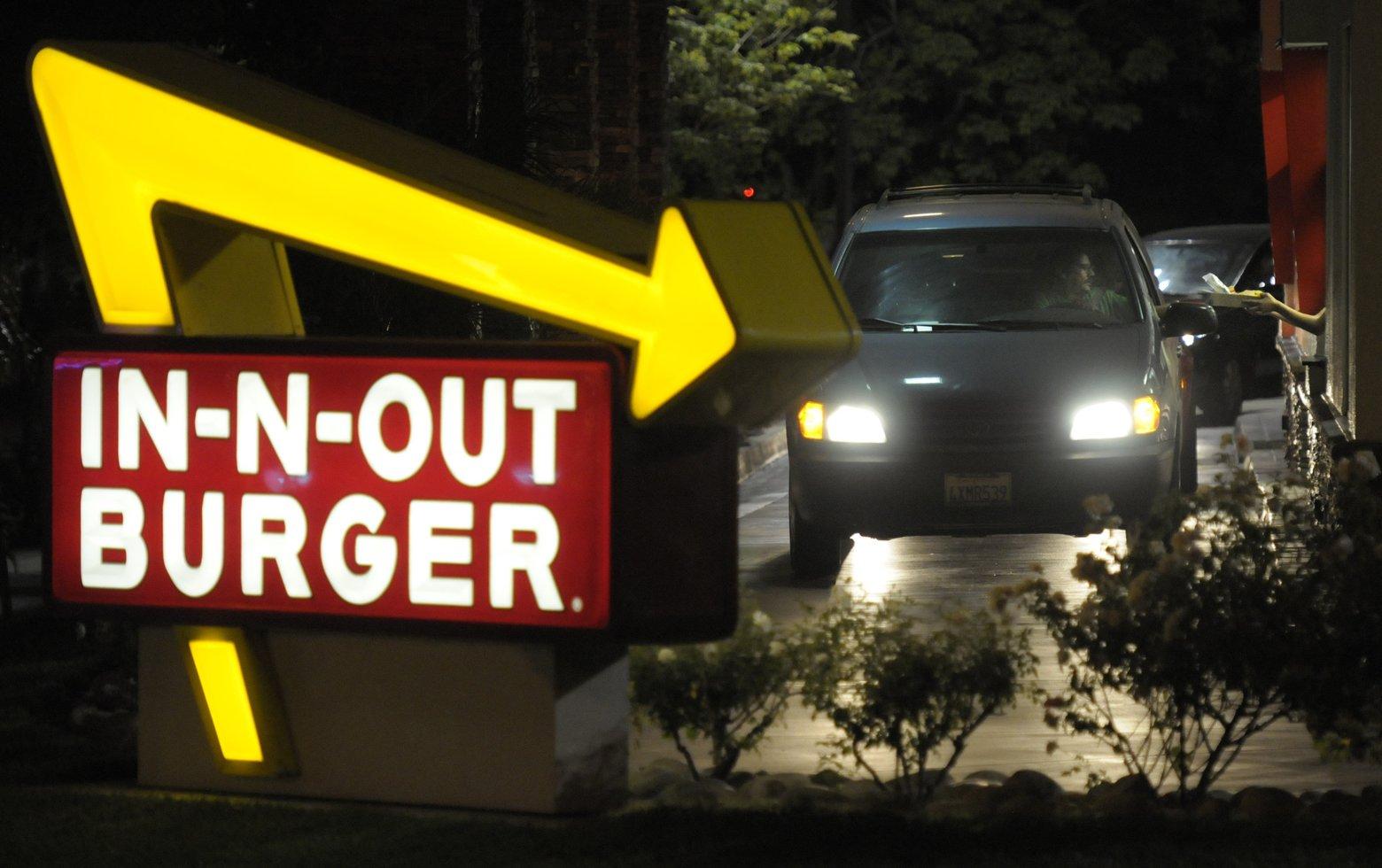 DRIVE THRU IN N OUT BURGERS