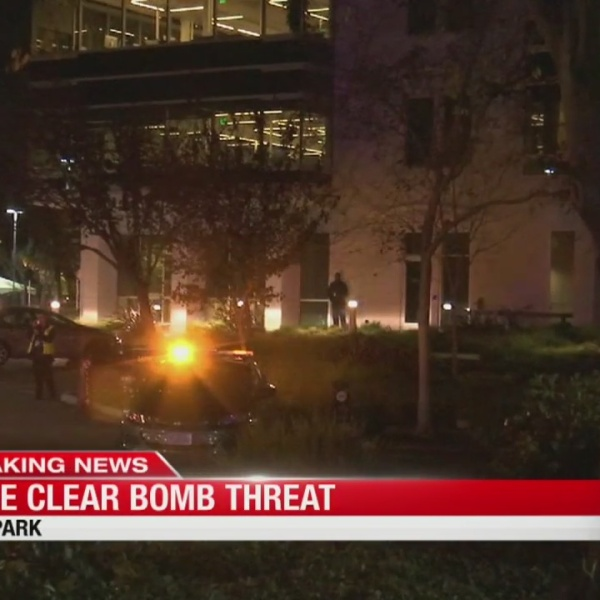 Police clear bomb threat at Facebook campus in Menlo Park