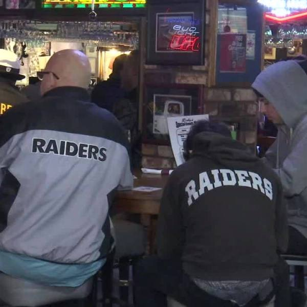 Raiders_could_play_last_game_at_Coliseum_5_20181224033949