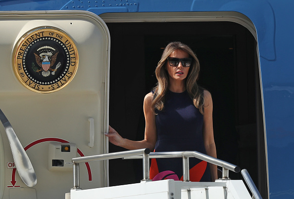 MELANIA TRUmp jet plane government air force one