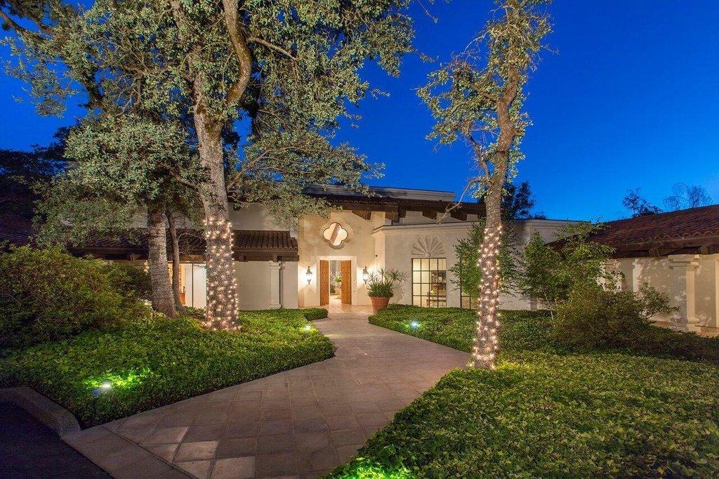 Gov Newsom To Move Family To 3 7m Fair Oaks Home