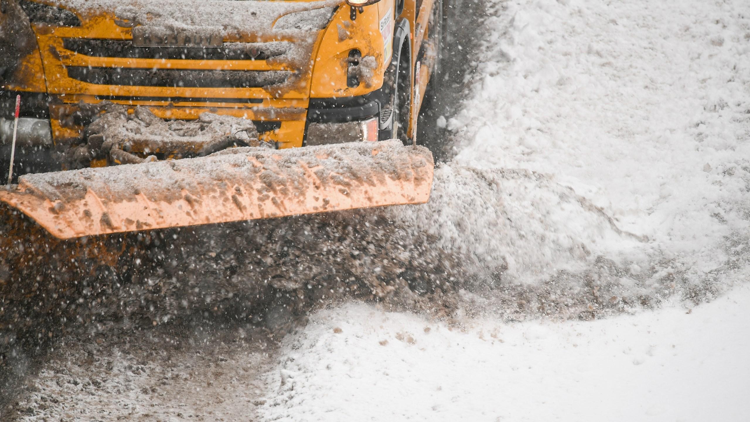 snow plow 99030816_1553555024901