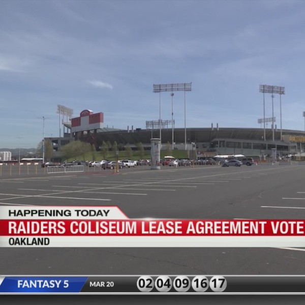 Raiders' lease for Oakland Coliseum gets final approval