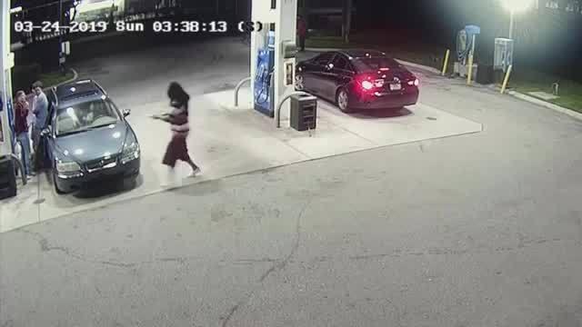 Spring breakers tackle gunman at Florida gas station