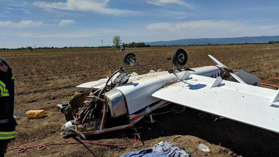 small-plane-crash-1555184523_1555188826242.jpg