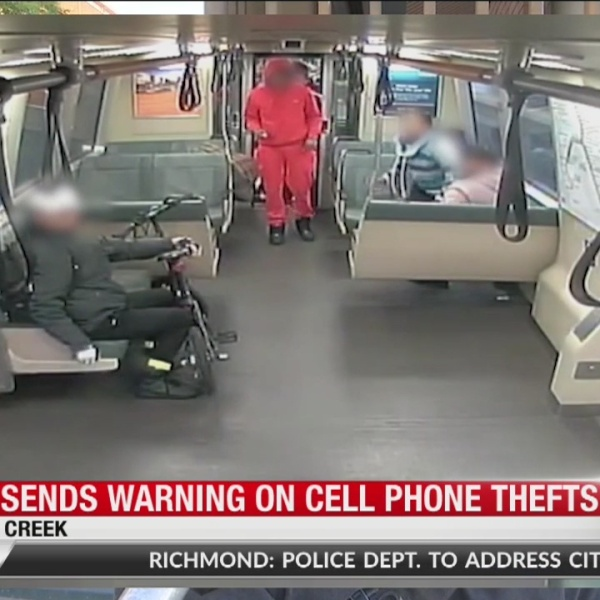 BART sends warning on cell phone thefts