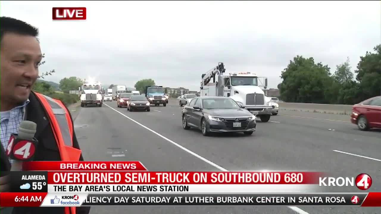 Big rig full of vitamins crashes off Pleasanton freeway