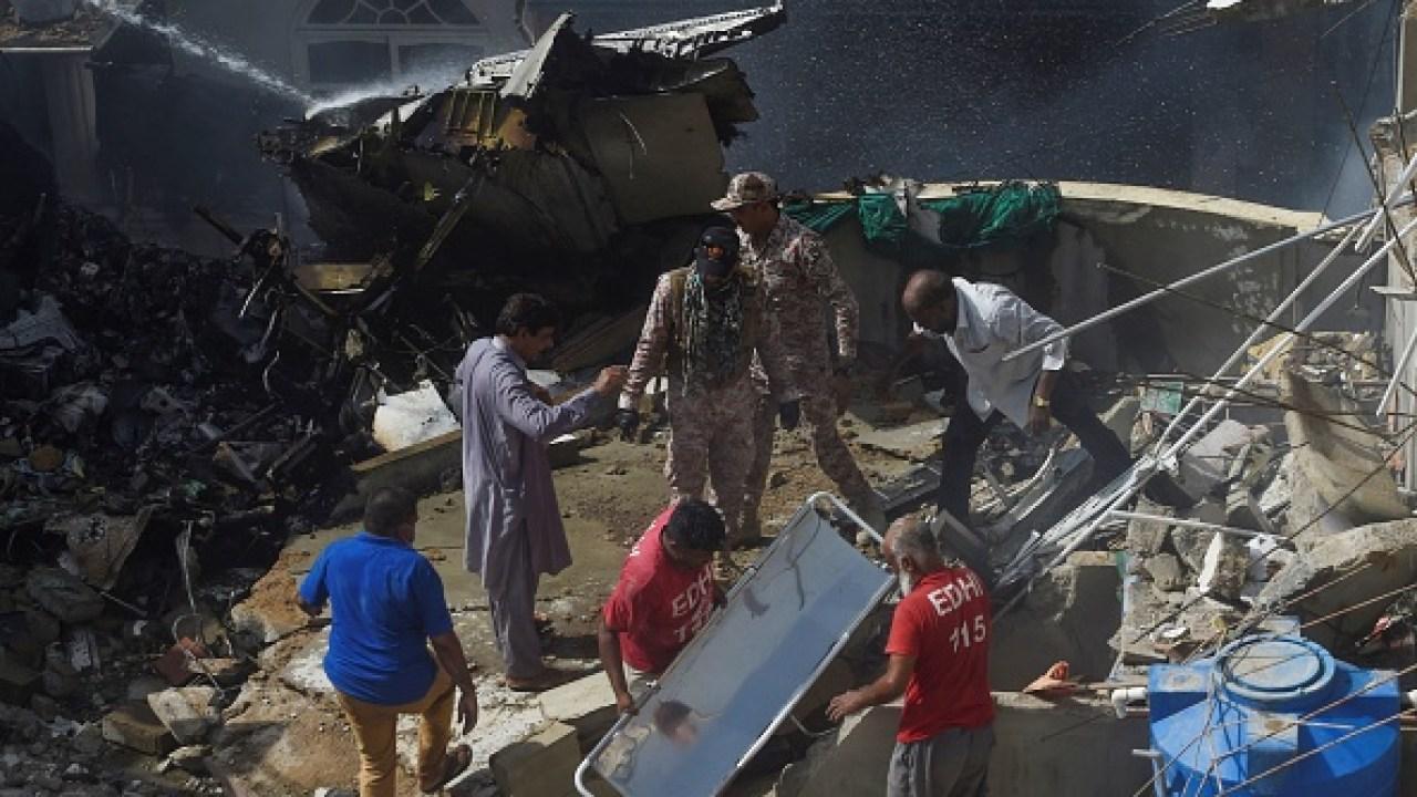 Pakistan plane with 107 on board crashes near Karachi | KRON4