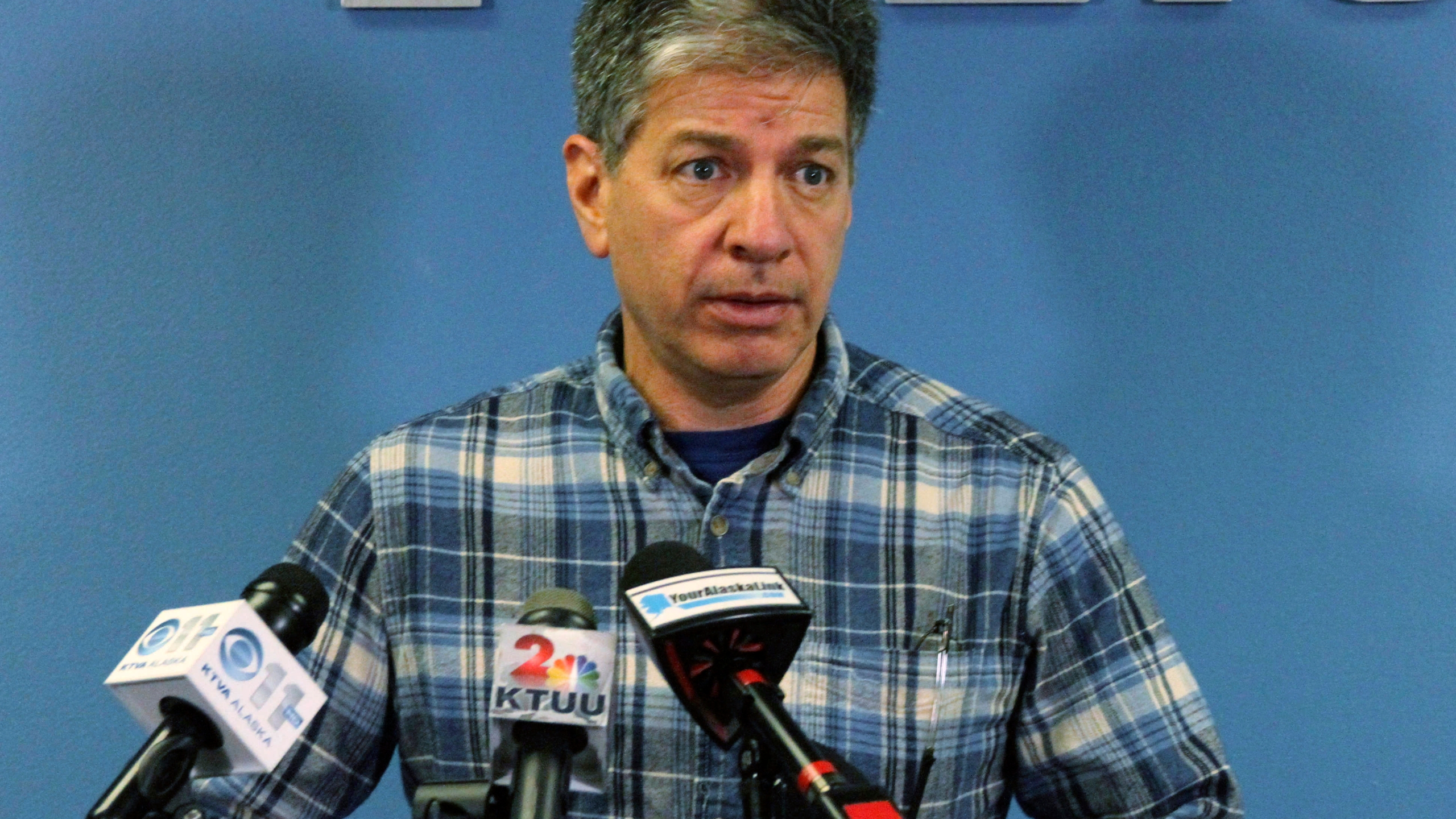 Ground News - Anchorage mayor resigns amid sexting scandal