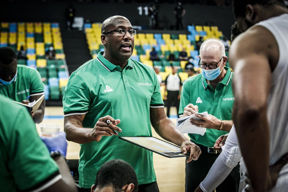Warriors Coach Mike Brown prepares to lead Team Nigeria at Olympics | KRON4