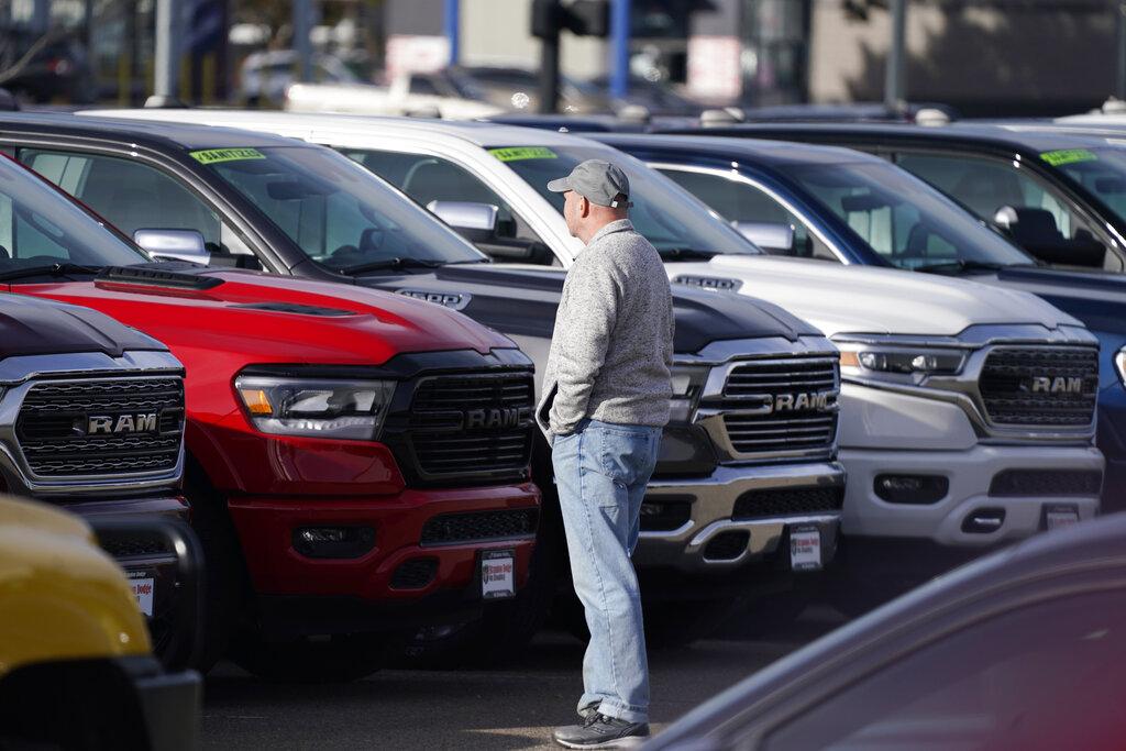prospective buyer auto car dealership