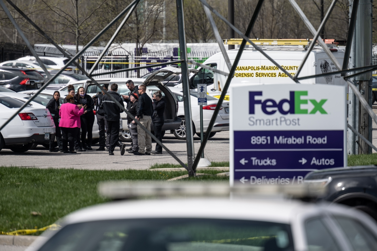 FedEx shooter legally bought guns used in shooting, police say