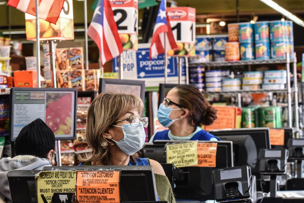 LIST: Walmart, Costco, Trader Joe's, Publix to drop mask requirements