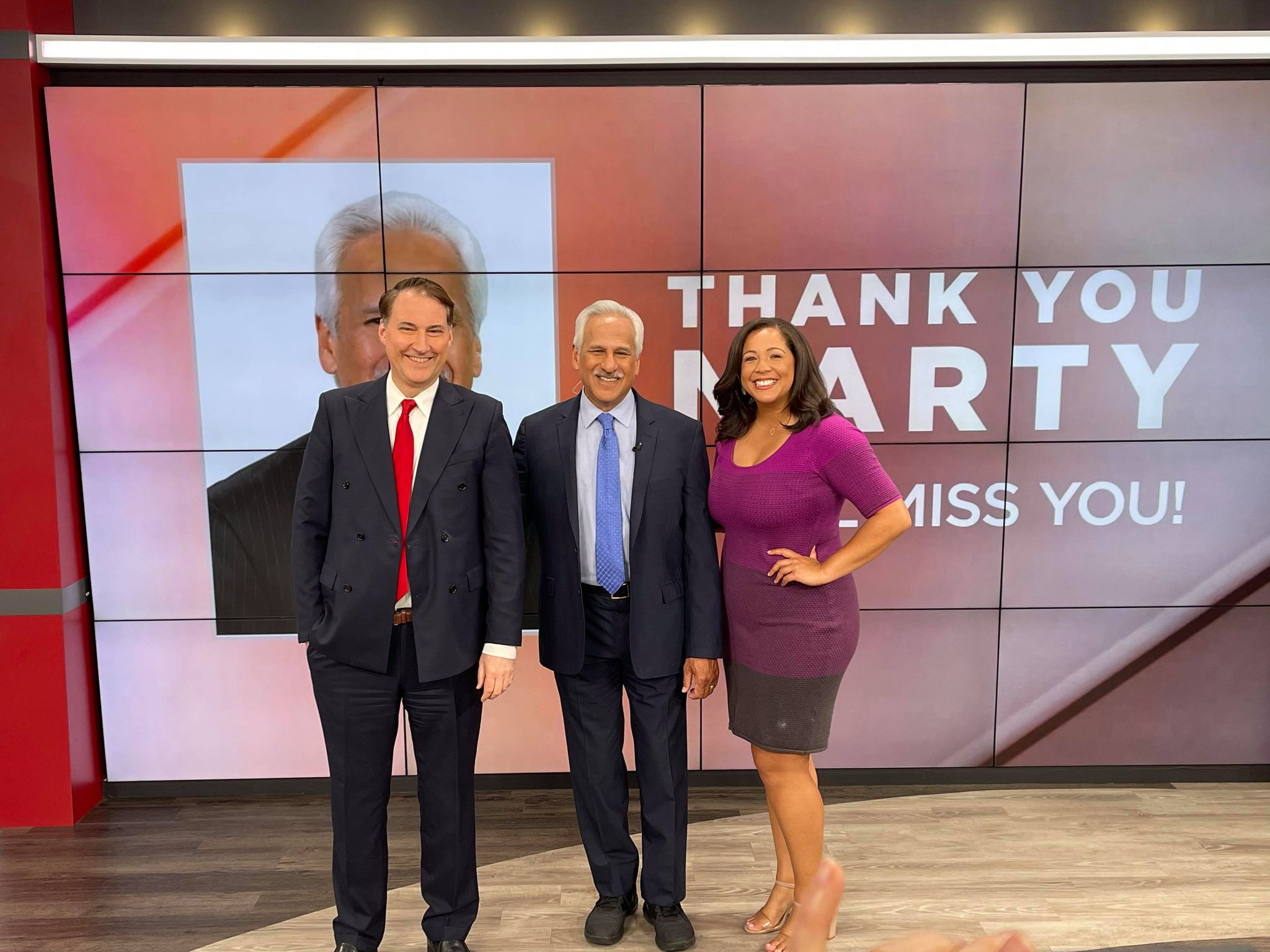 <div>KRON4's Marty Gonzalez signs off after 44 years in television</div>
