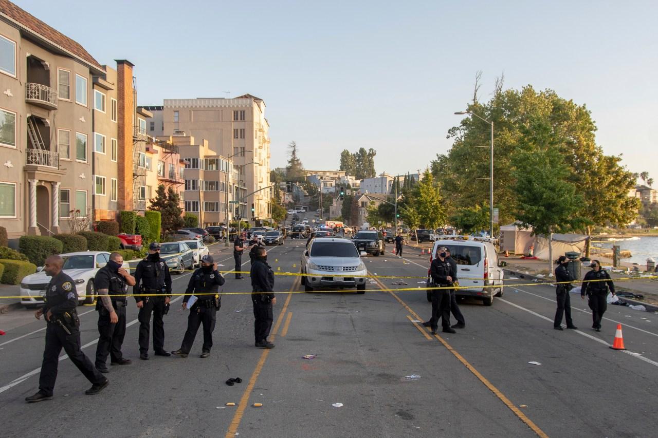 1 killed, 6 injured in shooting at Oakland's Lake Merritt