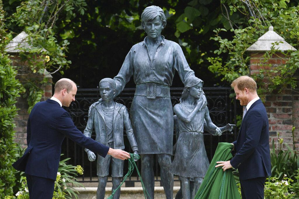 William, Harry unveil Princess Diana statue on late mother's 60th birthday - swiftheadline