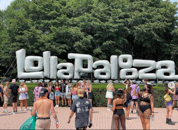 Lollapalooza requiring masks at indoor spaces on final 2 days of music festival