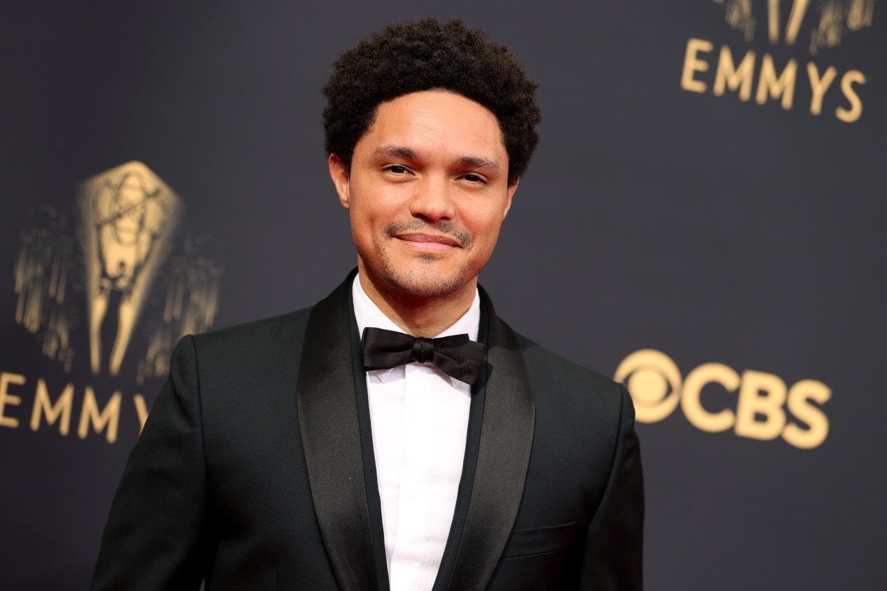 'The Daily Show' host Trevor Noah goes off on Mayor Breed after caught maskless