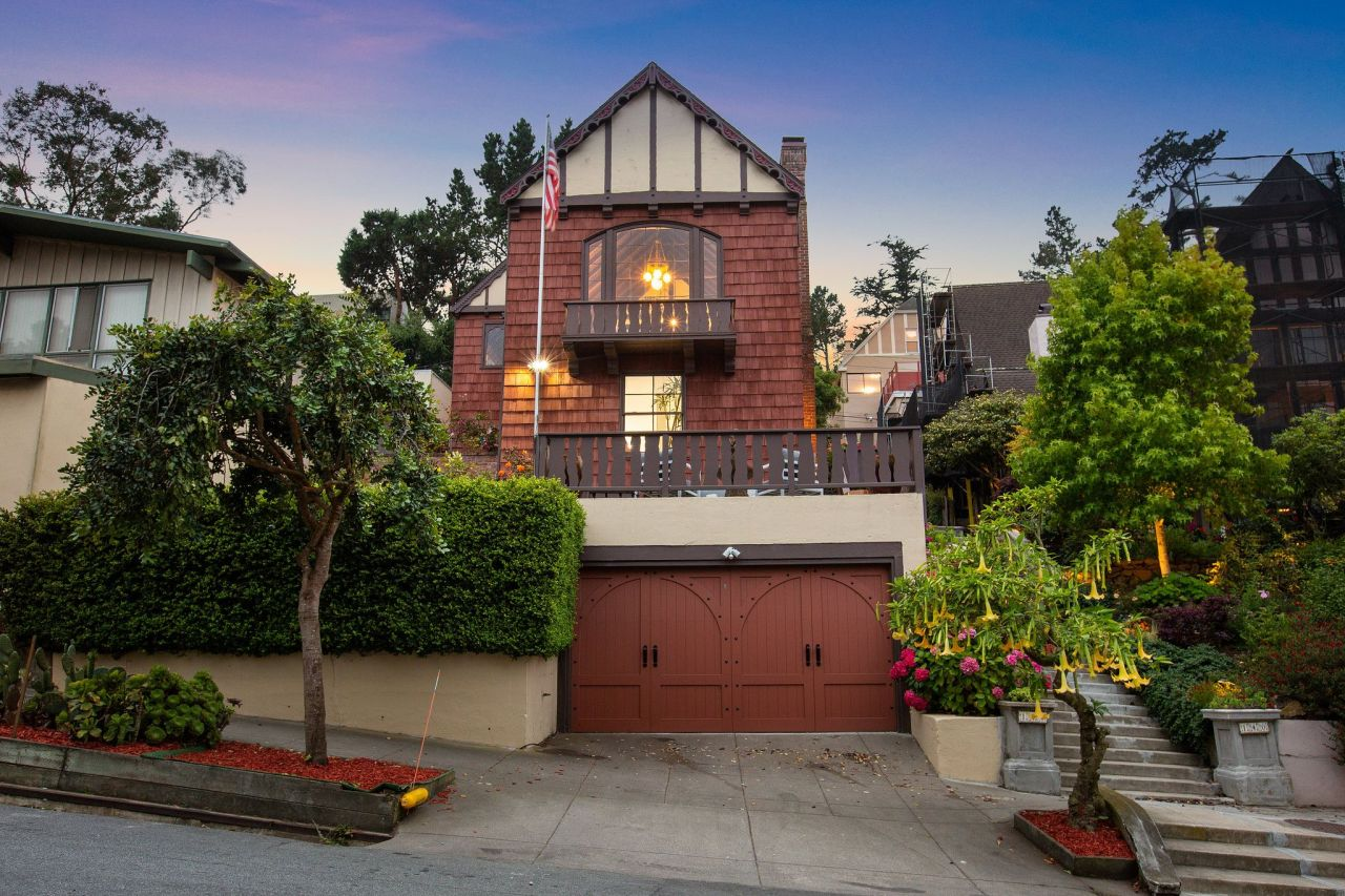 San Francisco home with secret library on the market for $3.8 million